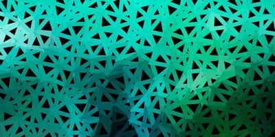Fondo de triángulo abstracto de vector azul claro, verde.