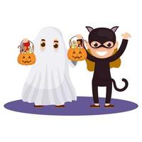 niños pequeños en disfraces de halloween
