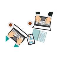 Manos en computadoras portátiles y documentos con diseño vectorial infográfico