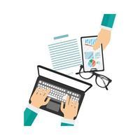 Manos con laptop y teléfono inteligente con diseño de vector de infografía