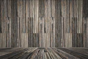 Wooden floor plates