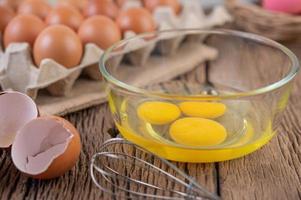 Raw organic chicken eggs