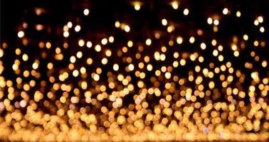 luces desenfocadas de oro