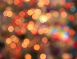 luces rojas y doradas