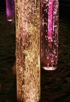 tubo de vidrio con burbujas foto