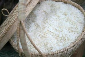 arroz en canasta