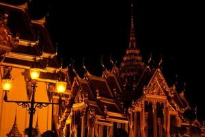 Wat Phra Kaeo in the evening