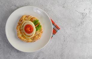 pan de almendra suave recién horneado