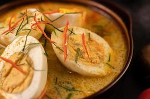 Egg green curry with ingredients