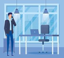 elegante empresario llamando con smartphone en la oficina vector