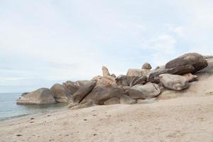 rocas del abuelo en tailandia