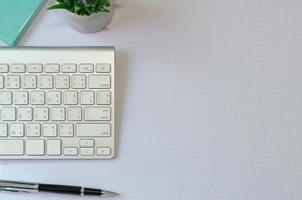 escritorio con espacio para copiar foto