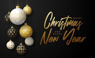 banner de navidad feliz y seguro. ilustración vectorial con tres bolas de árbol de Navidad realistas de color dorado, blanco y negro y texto de letras. vacaciones por coronavirus vector