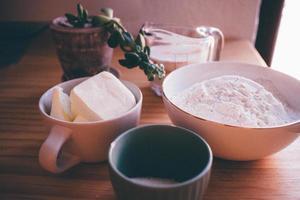 White ceramic bowl with flour