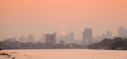 ciudad de bangkok al amanecer
