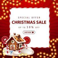 oferta especial, rebajas navideñas, hasta 50 de descuento. Banner de descuento cuadrado rojo con guirnalda navideña, hoja de papel blanco y casa de jengibre navideña vector
