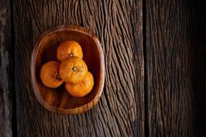 naranjas en un tazón foto