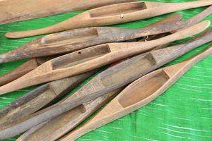 Wooden shuttles for loom