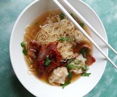 Pork noodle food