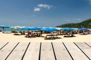 Fondo de playa borrosa para colocación de productos.