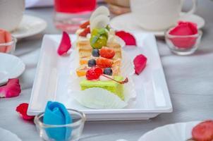 pasteles en la mesa foto
