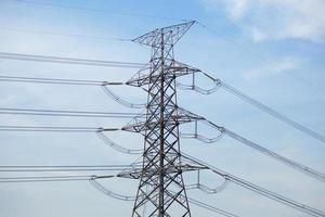 High voltage transmission tower