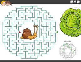 Laberinto juego educativo con divertidos caracoles y lechuga. vector