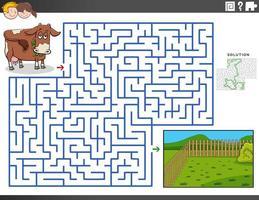 Laberinto juego educativo con vacas y pastos. vector