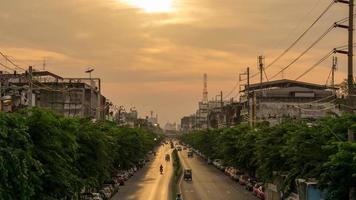 timelapse del traffico su lat ya road, bangkok