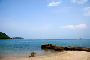 playa y mar en tailandia foto