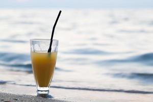 coctel en la playa foto