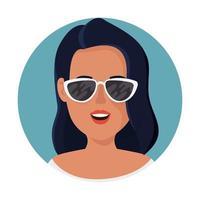 Bella mujer con gafas de sol en marco circular vector