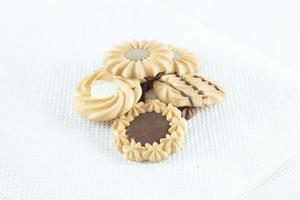 galletas en el fondo blanco foto