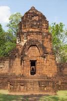 Ruinas de Prasat Muang Tam en Tailandia foto