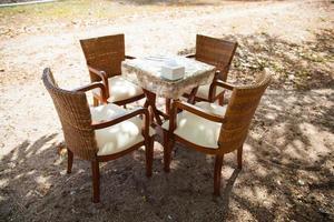 mesa de comedor y sillas foto