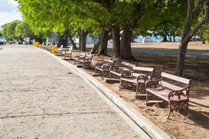 bancos en el parque