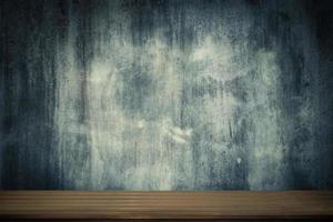piso de mesa de madera vacía o estante foto