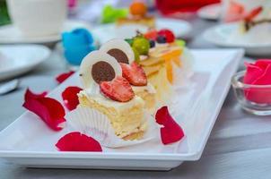 pasteles en la mesa