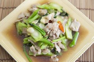 Fried pork with vegetable