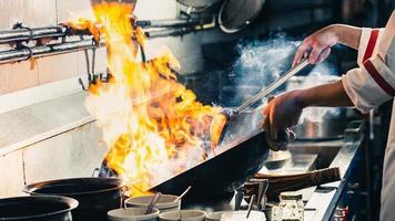 Fire in wok