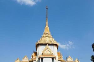 techo de un templo en tailandia