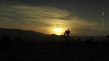 timelapse do pôr do sol do deserto