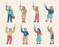 un conjunto de personajes que sostienen las manijas del autobús y del metro. varias personas, vector