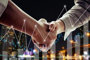 concepto exitoso de acuerdo y negociación foto