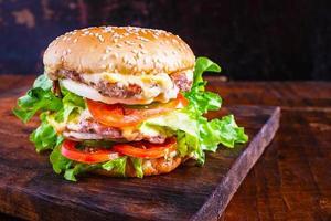 primer plano de una hamburguesa
