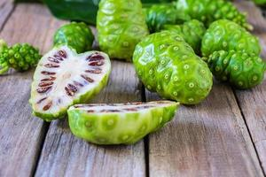Fresh noni fruit
