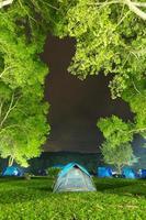 camping en tailandia foto