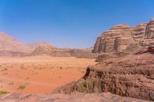 Montañas rojas del desierto de Wadi Rum en Jordania