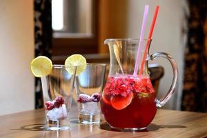 limonada de frambuesa casera foto
