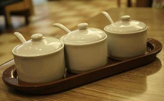 Condiment ceramic set